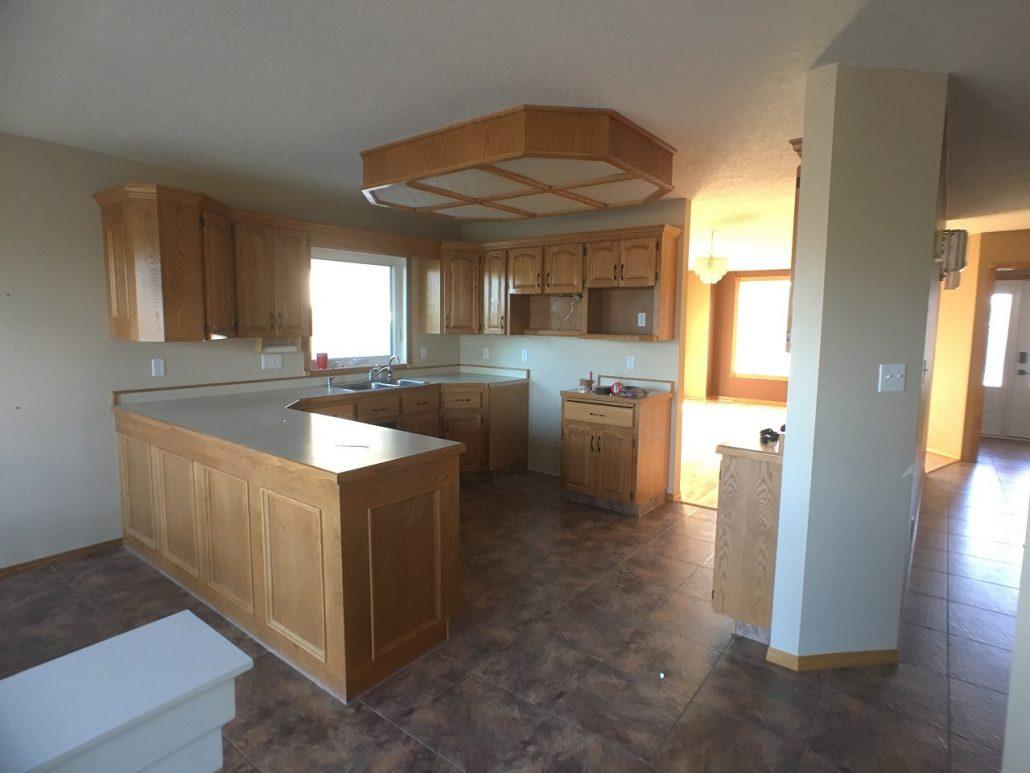 wascana kitchen renovation oak cabinets before